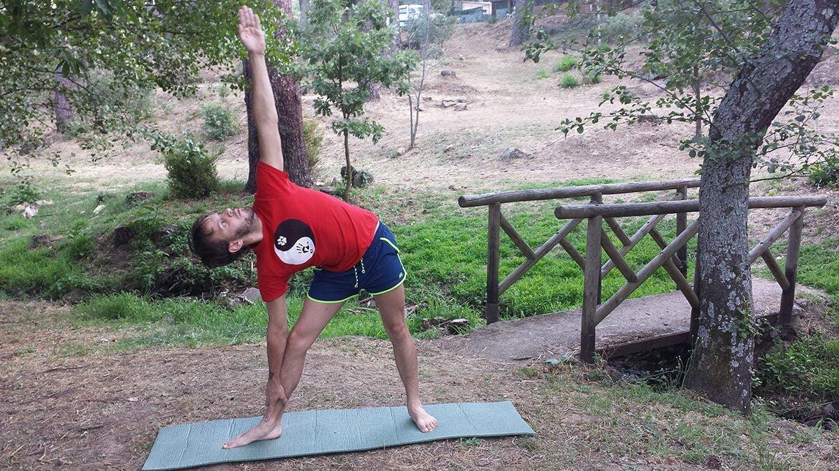 Clases de Yoga exclusivas. Kontigo. Grupos reducidos y familias